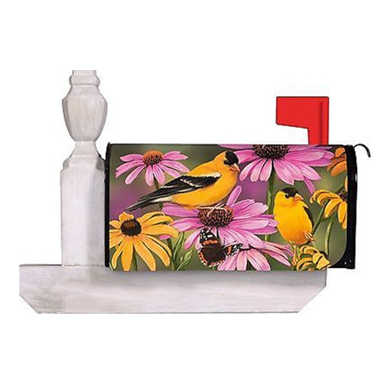 Garden Friends  Magnetic Mailbox Cover